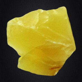 Opal żółty